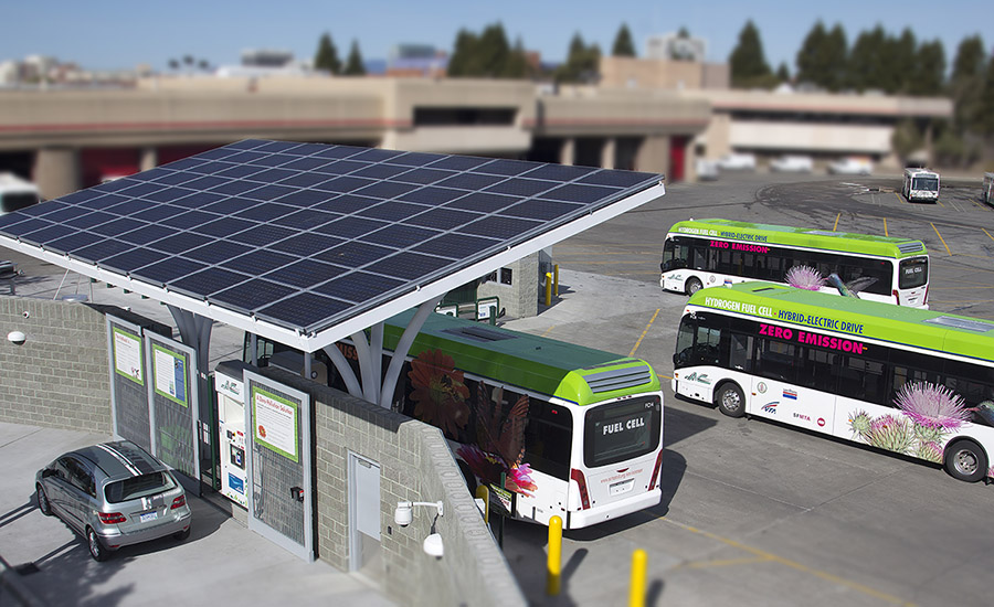 Fuel Cell Electric Buses at AC Transit station